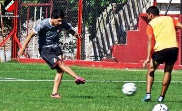 """Claudio Ojeda jugaría ante su ex equipo """"El Tomba"""""""