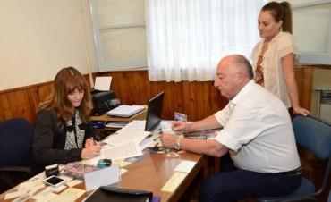 Rivadavia: Comenzó la entrega de subsidios a las 64 Escuelas del Departamento