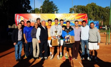 Copa Aniversario Rivadavia: Costa y Bastias Campeones