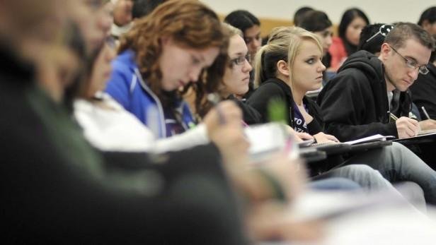 El municipio becará a estudiantes de niveles terciarios o universitarios