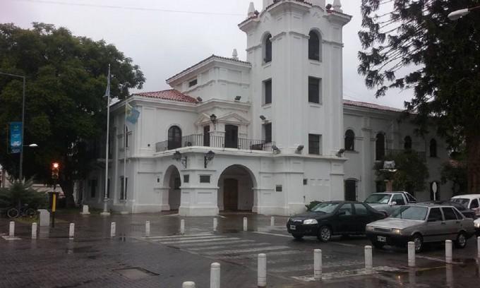 San Martín: Una ex reina distrital de la Vendimia denunció a un funcionario por abusos sexuales