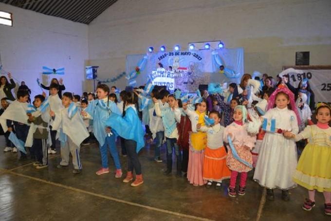 En Desaguadero se vivió la Fiesta Patria