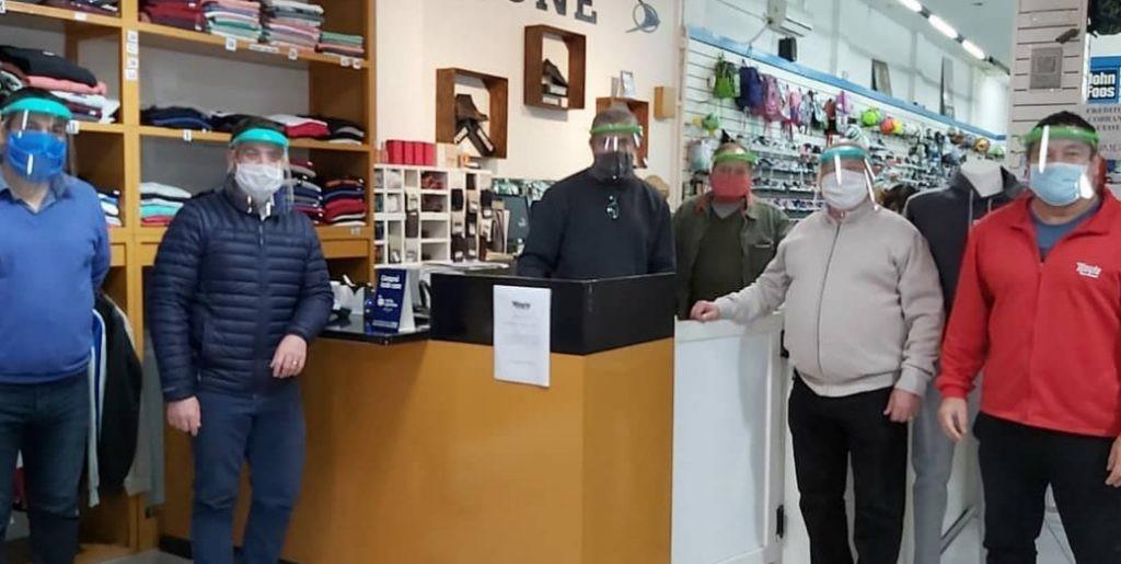 Se entregaron máscaras de protección a comercios del departamento