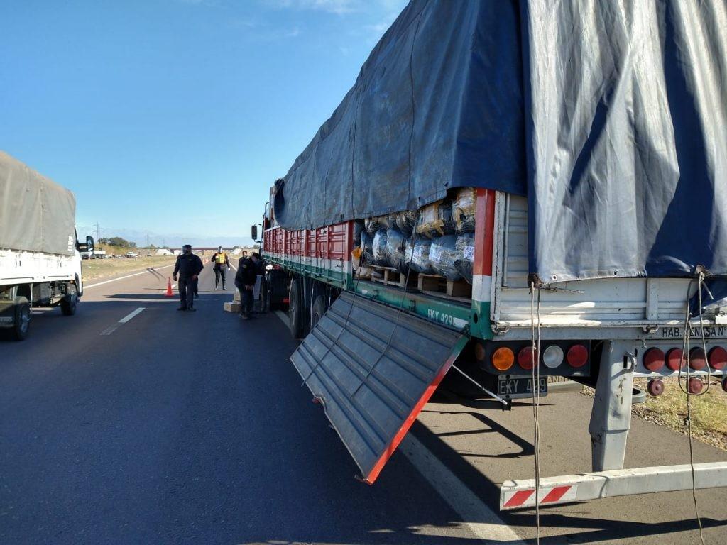 San Martín: secuestraron indumentaria ilegal valuada en $3 millones