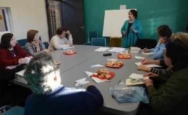Con un Té Literario en La Paz se celebró el Día del Escritor