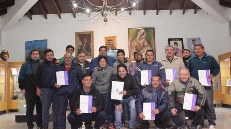 El Torneo de Fútbol de Primera va tomando forma en La Paz