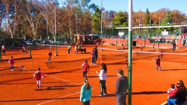 """Los chicos de """"El Trébol"""", """"Rivadavia TC"""" y """"Eliseo Ortiz"""" mostraron sus habilidades en el Play & Stay de Regatas"""