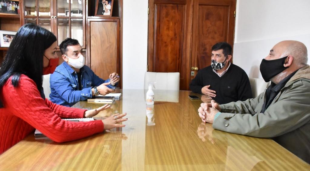 Referentes de las áreas sanitarias del departamento se reunieron con la Intendenta Flor Destéfanis