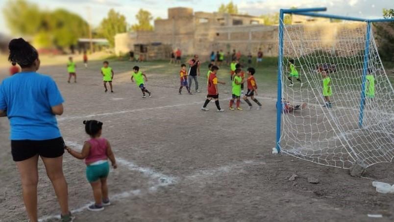 La Comuna recupera potreros en Palmira para el deporte social
