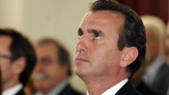 Otro atraso millonario de Pérez con los municipios esteños