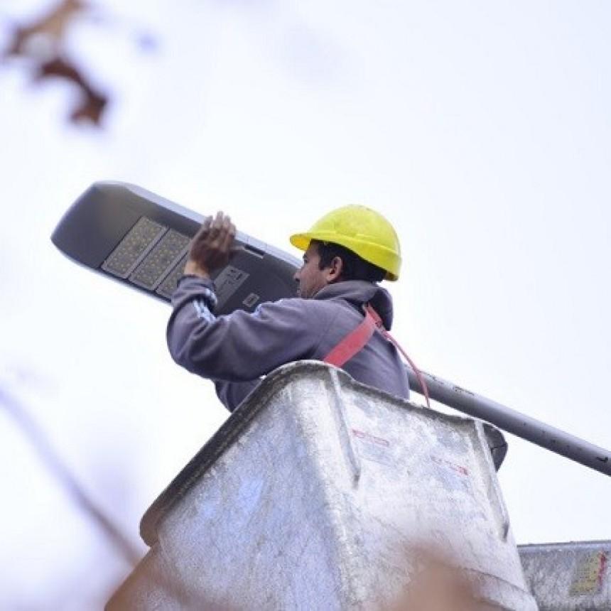 En Junín se colocaron 200 nuevas luminarias led