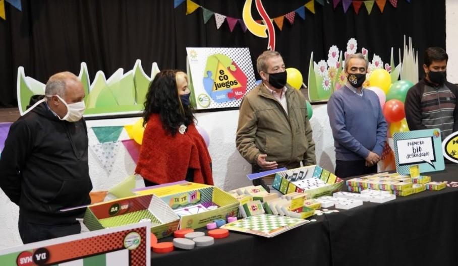 La Municipalidad de Junín lanzó su línea de juegos didácticos reciclados: los ecojuegos