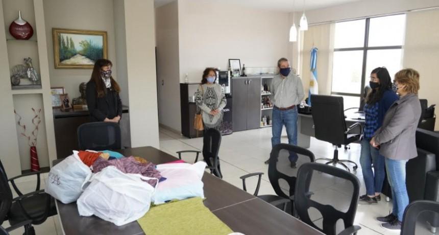 El Municipio de Junín continúa acompañando la economía regional del departamento con entrega de materiales a emprendedores