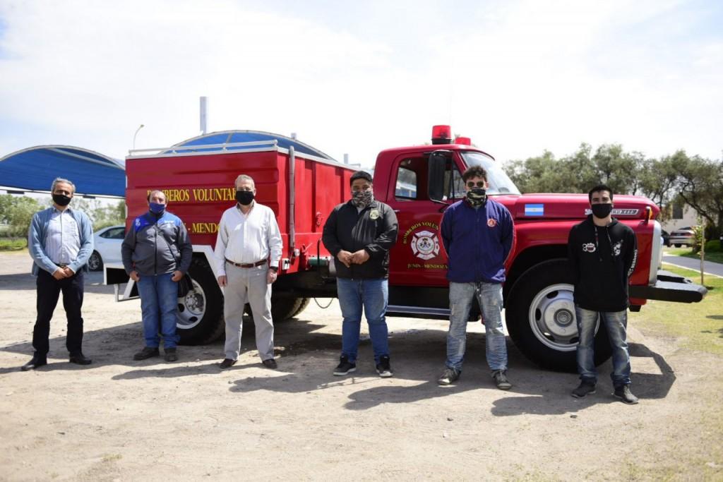 Llegó autobomba que utilizarán Bomberos Voluntarios de Junín