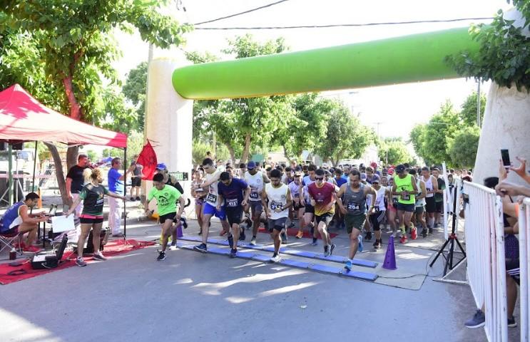 En Medrano se realizó la primera fecha de circuito running
