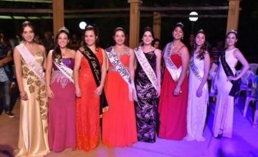 La Serenata de las Reinas dió inicio a las actividades vendimiales en Santa Rosa