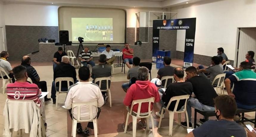 La Liga Rivadaviense apuesta a dos Copas del Este y el Torneo Regular 2021